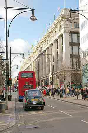 oxford street londres plus de 300 boutiques et commerces