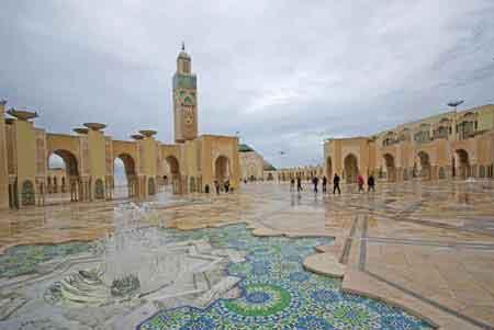 اكبر مسجد المغرب العربي وثالث