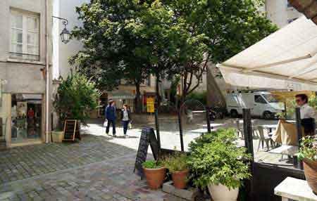Visite du marais paris en photos et informations for Restaurant le jardin st paul