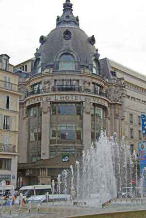 Paris Mairie Hotel Ville Tour Saint Jacques Informations