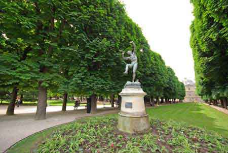 Paris jardin luxembourg photos informations for Plus grand jardin de paris