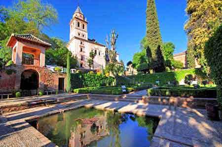 alhambra de grenade jardins et tours andalousie - Jardin De L Alhambra