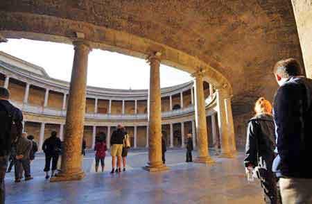 andalousie grenade l 39 alhambra palais charles quint. Black Bedroom Furniture Sets. Home Design Ideas