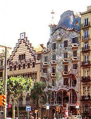 Barcelone passeig de gracia et gaudi casa batllo la - La maison barcelona ...