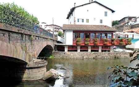 Saint jean pied de port pays basque route de saint jacques - Saint jean pied de port saint jacques de compostelle ...
