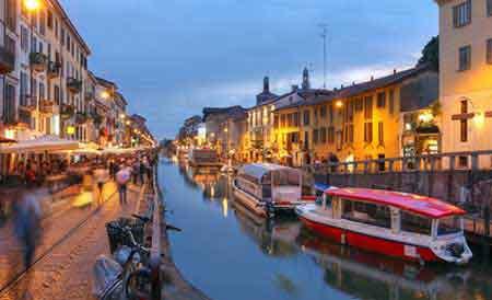 Milan capitale conomique de l italie de la mode en lombardie for Best bars milano