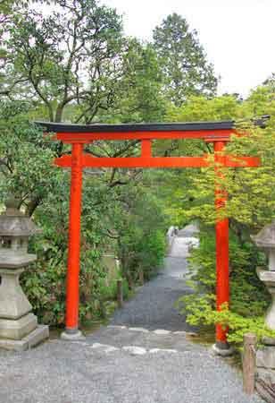 1000+ images about Garden separation ideas - Torii Gate ...